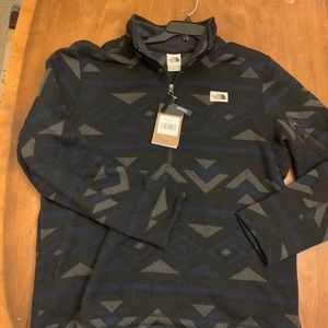 NORTH FACE NWT SWEATER KNIT PULLOVER